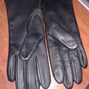 CHARTER CLUB LEATHER GLOVES MED